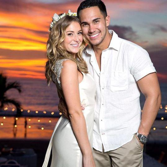 Carlos-PenaVega-with-his-wife-starsgab