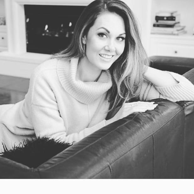Renee-Wright-bio