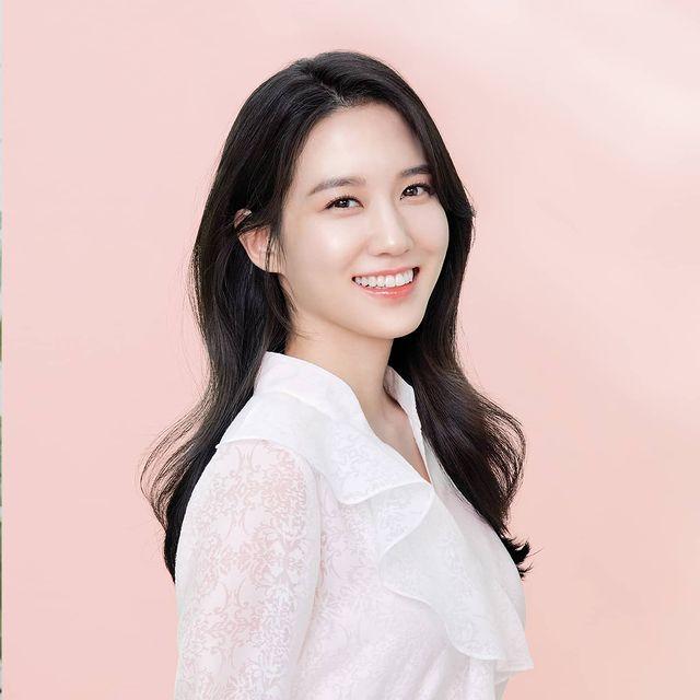 Park-Eun-Bin-bio