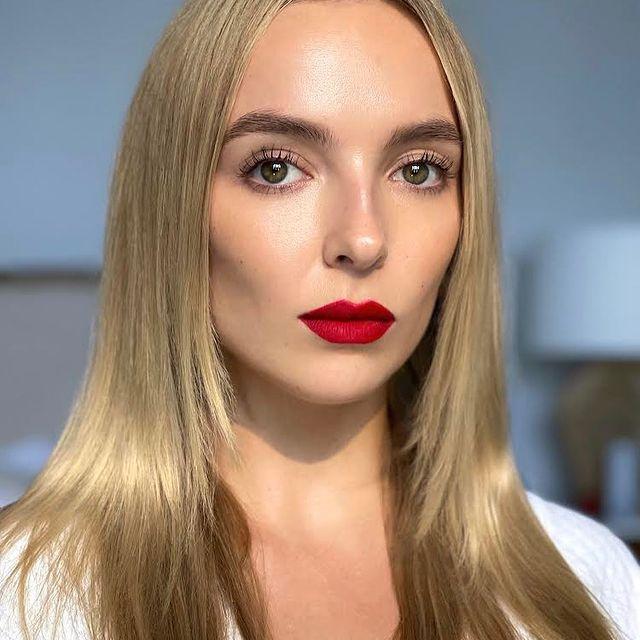 Jodie-Comer-bio