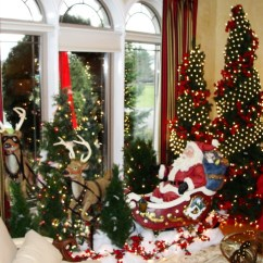 Christmas Decoration Ideas For Small Living Room Cabinets Designs 50 Stunning Decorations Your Starsricha Santa On The Sleigh Amidst Pine Trees
