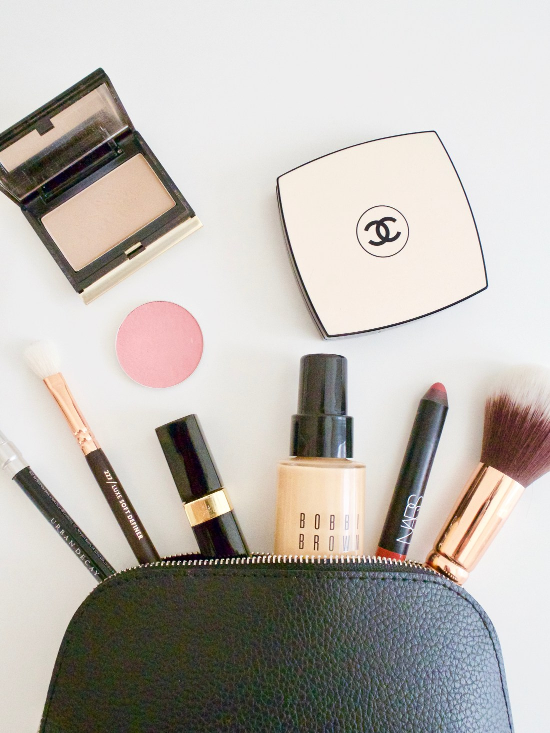 minimalist make up bag