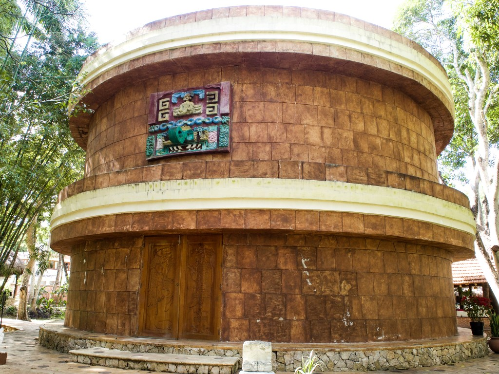 Mayaland hotel planetarium
