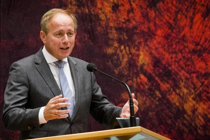 SGP wil Operatie Stofkam tegen voortwoekerende regeldruk