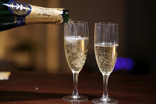 Keto Champagne