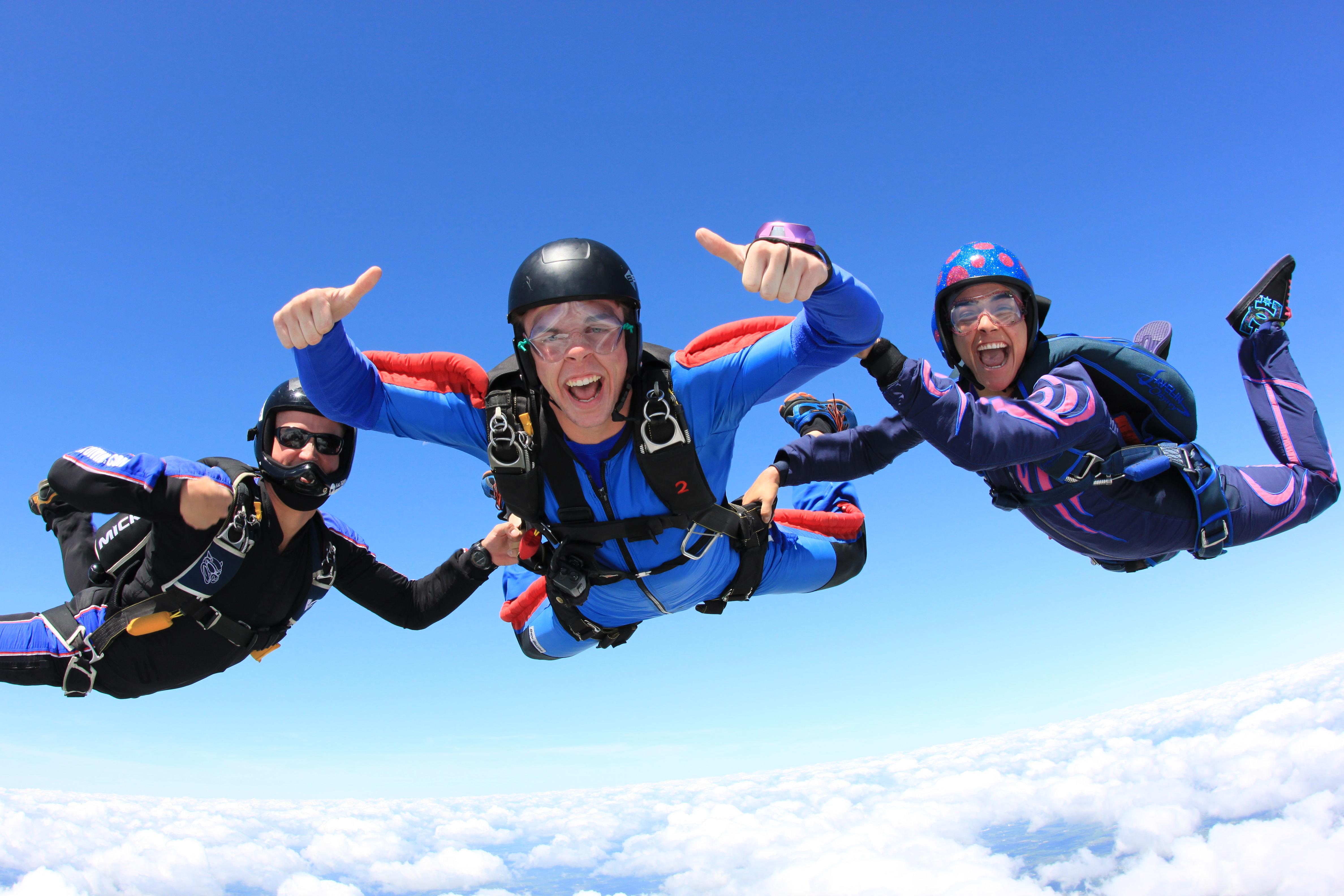 Start Skydiving 08 05 2013 Start Skydiving