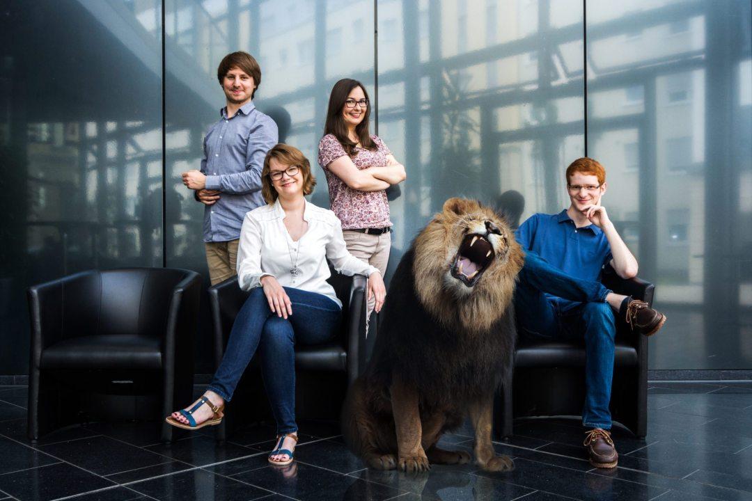 Die Studybees-Gründer – v.l.n.r.: Fabian Klein, Julia Hetzel, Alexandra Slabskaia, Johannes Saal