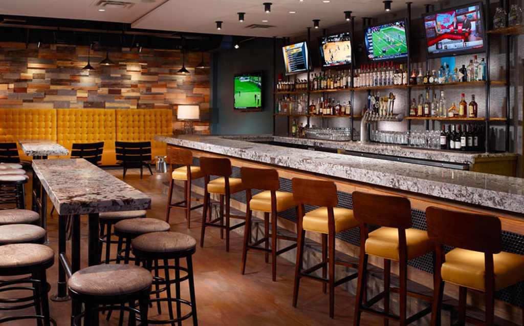 Bar business