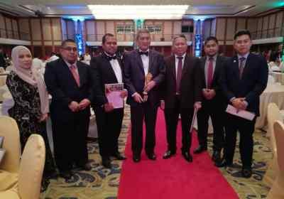 Tahniah Dato Dr. Ir. Mohd Abdul Karim Abdullah, Ketua Eksekutif Kumpulan Serba Dinamik Penerima Anugrah Usahawan Bumiputera Cemerlang