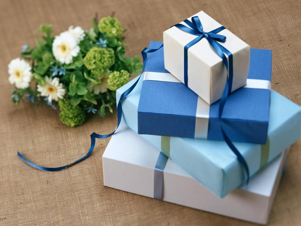 Online Gifting Service : Best 5 Business Ideas - Startup Sutra