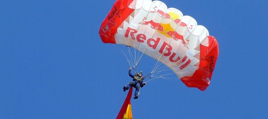 Parachute (Bild: Pixabay)