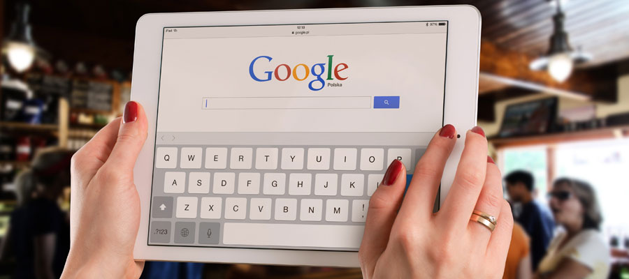Google (Bild: Pexels)