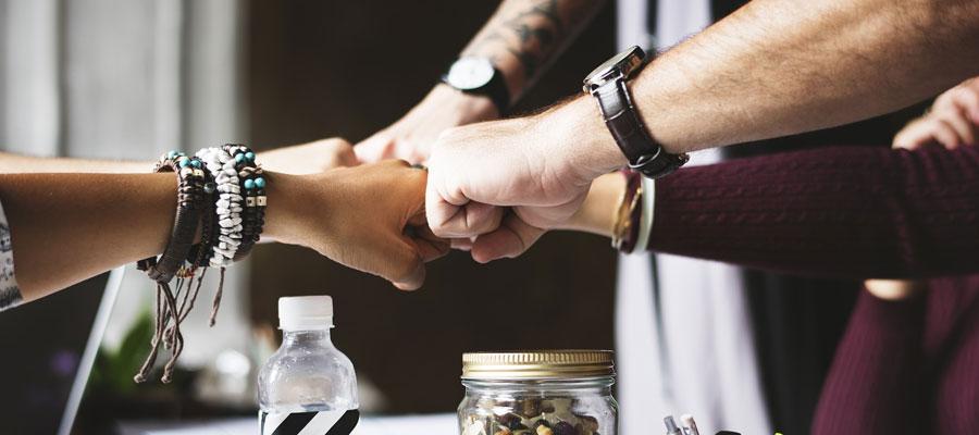 Teamwork (Bild: Pixabay)
