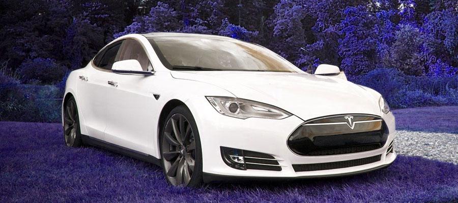 Tesla Kommentar (Bild: Pixabay)