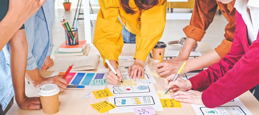 App-Entwicklung Schritte (Bild: Shutterstock)
