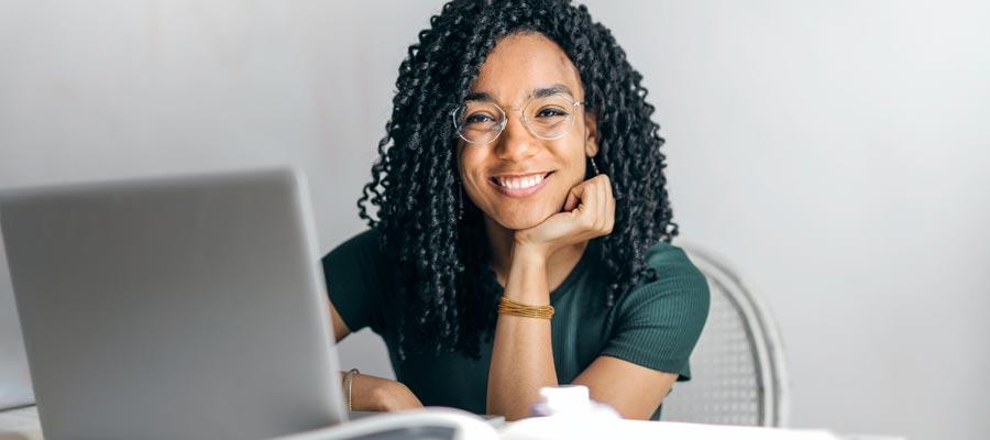 Frauen Business Karriere Tipps (Bild: Pexels)