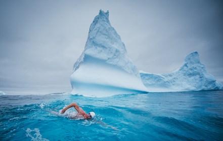 lewis_home_antarctica2020