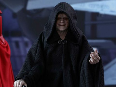 Hot Toys Unleashes EMPEROR PALPATINE and His Guards | Nerdist