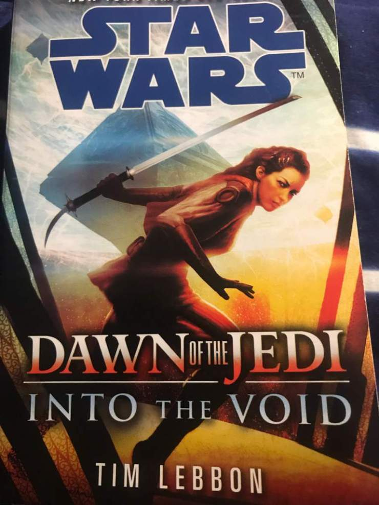 Star Wars: Dawn of the Jedi Into the Void