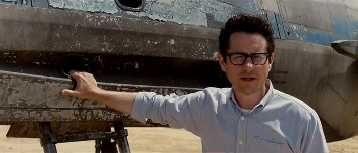 J.J. Abrams Talks Spoilers & The First Two Trailers With Entertainment Weekly