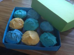 Easter cupcakes with homemade box