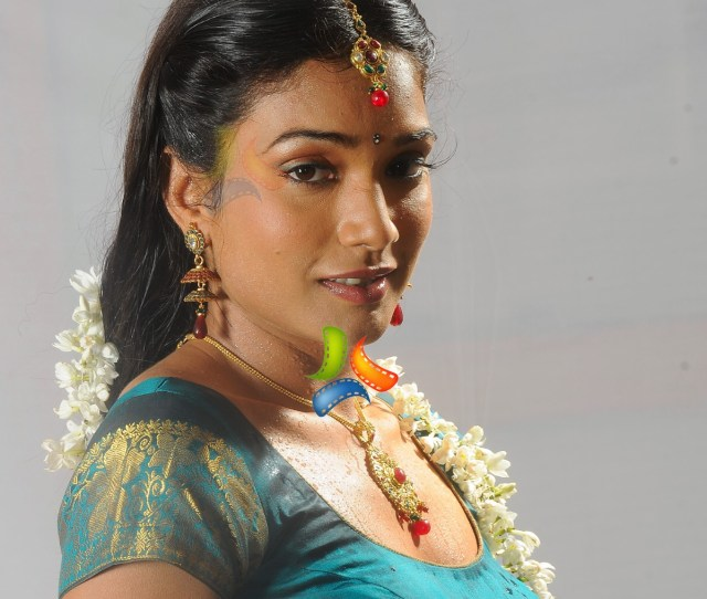 Ramya Hi Res Image  Tollywood Actress Imagesimages Photos Pictures Hd Wallpapers