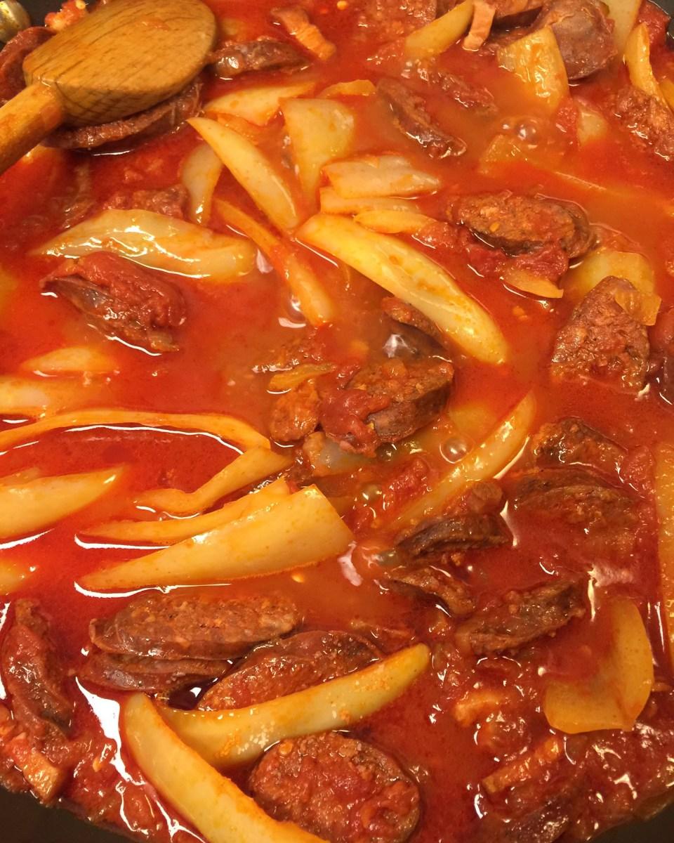 Spicy Hungarian Sausage Goulash (Lecso)