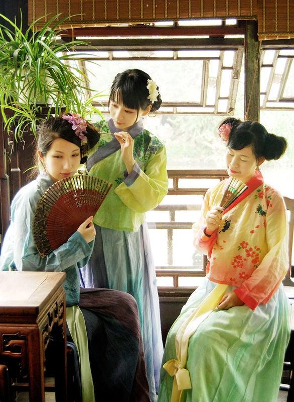 漢服----漢族自分の民族衣裝 | 陌上花開緩緩歸