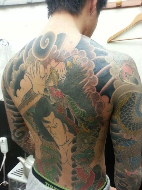 和彫り(背中) 九紋龍史進 刺青師 義光のブログ