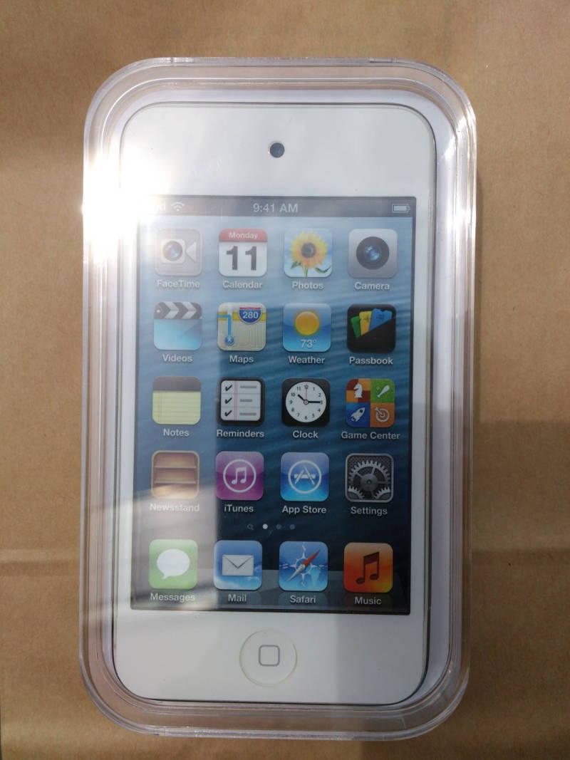 iPod touch(第5世代) 2臺目買ったのら~(^_-)   まことっちゃん。のブログなのだぁー(^O^)♪