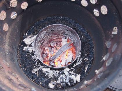 薪がほぼ燃え尽きる