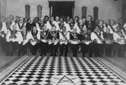「フリーメイソン 白黒床」の画像検索結果