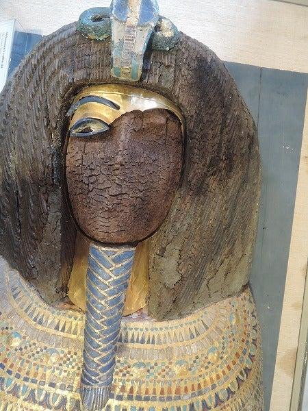 アケナトンの剝がされた黃金のマスク   komatsusin2のブログ
