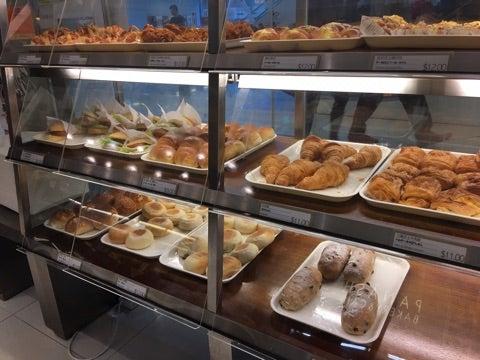 日系パン屋さんで安定のバケット購入、Panash Bakery & Cafe (尖沙咀) | 香港つれづれDiary