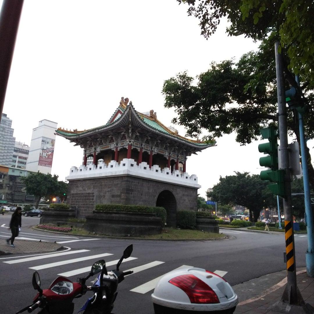 2018春 臺北旅行記32 カルフールでお買い物   十月の青空