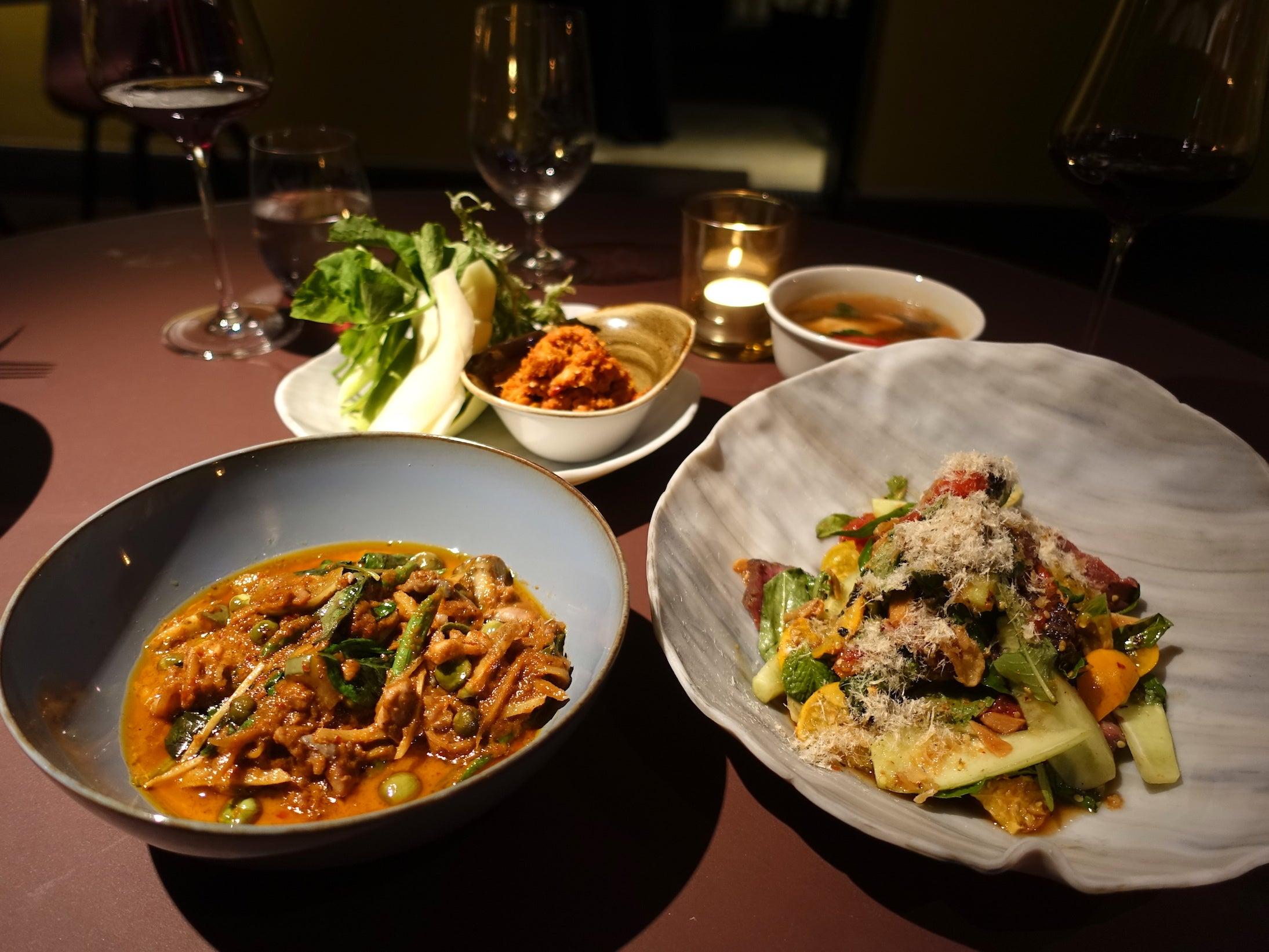 久々のヒット♡超有名シェフのレストランが香港に!洗練されたタイ料理に感動!「Aaharn」 | 香港在住えり ...