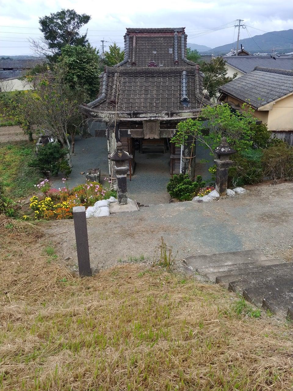 綿津見神社の竜の彫刻と隈部氏史跡   自転車とか歴史とか