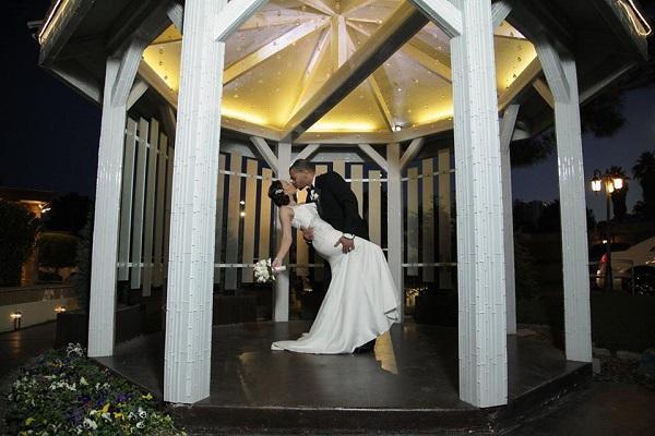 Award-Winning Las Vegas Wedding Photos