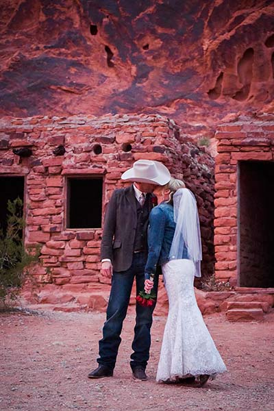 Valley Of Fire Wedding Packages In Las Vegas