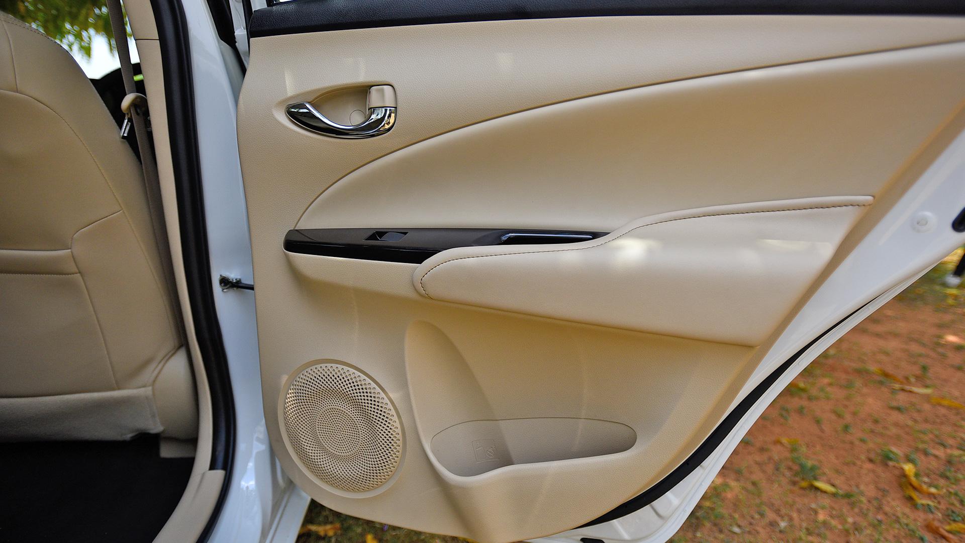 toyota yaris trd sportivo cvt 2018 grand new avanza pilihan warna vx interior car photos overdrive