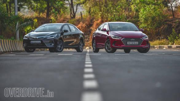 new corolla altis vs skoda octavia harga grand avanza 2016 surabaya 2017 toyota petrol automatic hyundai elantra