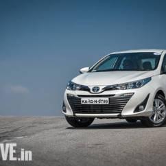 Toyota Yaris Trd India All New Alphard Vs Vellfire 2018 Five Things We Love And Dislike Overdrive