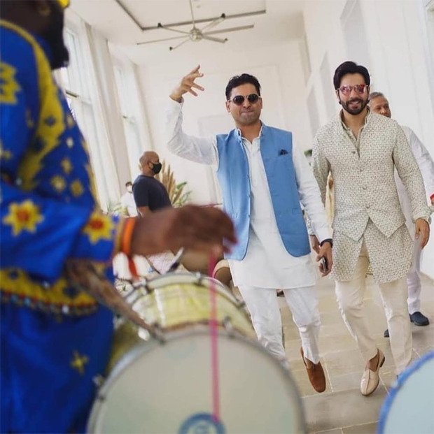 Varun Dhawan - Natasha Dalal Wedding: Here are some unseen pictures of 'Team Ladkewale' at the baaraat