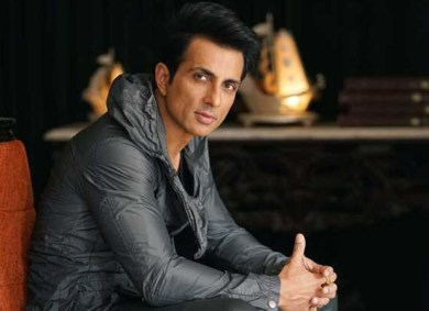 Man asks Sonu Sood to sponsor his marriage ceremony; actor has a hilarious response : Bollywood News – Bollywood Hungama