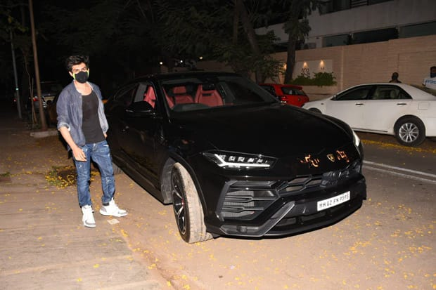 Kartik Aaryan follows Ranveer Singh and Rohit Shetty; purchases a Lamborghini Urus worth over Rs. 3 cr!