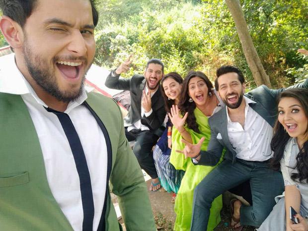 5 years of Ishqbaaz: Nakuul Mehta shares throwback photo with Kunal Jaisingh, Surbhi Chandna, Shrenu Parikh, Leenesh Matto and Mansi Srivastava