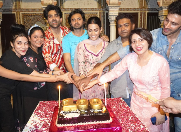 Zee TV's Teri Meri Ikk Jindri celebrates the completion of 100 episodes