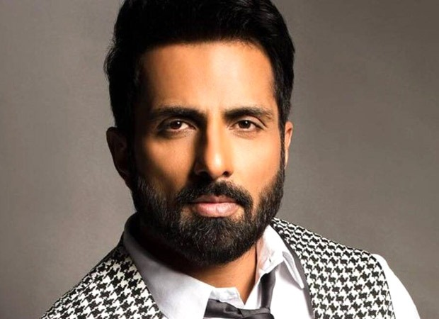 """""""If any government will call me, I'm there for them""""- Sonu Sood after income tax 'survey' and allegations of Rs. 20 crore tax evasion"""