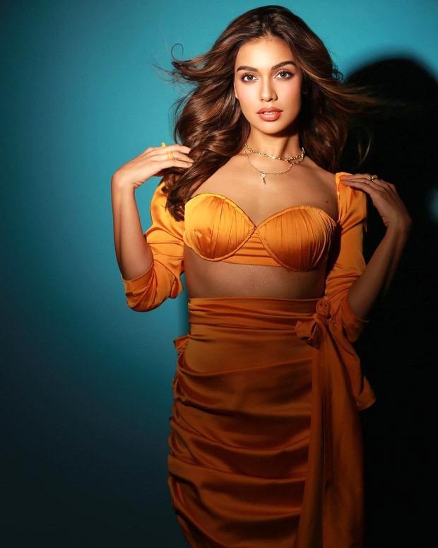 Bigg Boss OTT winner Divya Agarwal turns up the heat in a sexy orange co-ord set
