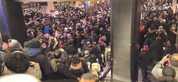 Governor's approval rating drops amid MTA crisis